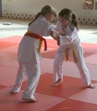 Jana Baron (links) im Kampf